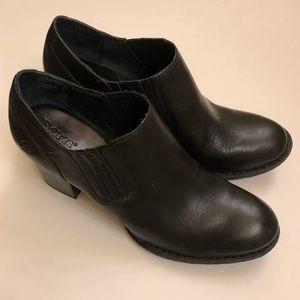 Born boots.